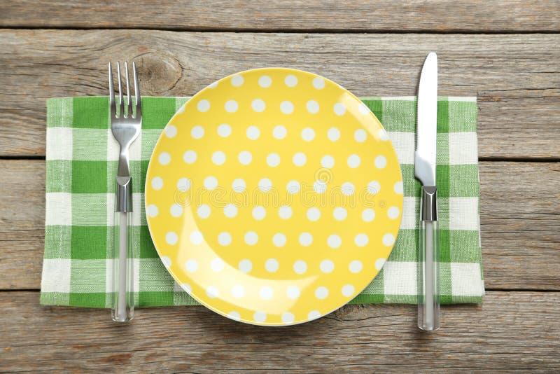 Желтая плита стоковое изображение
