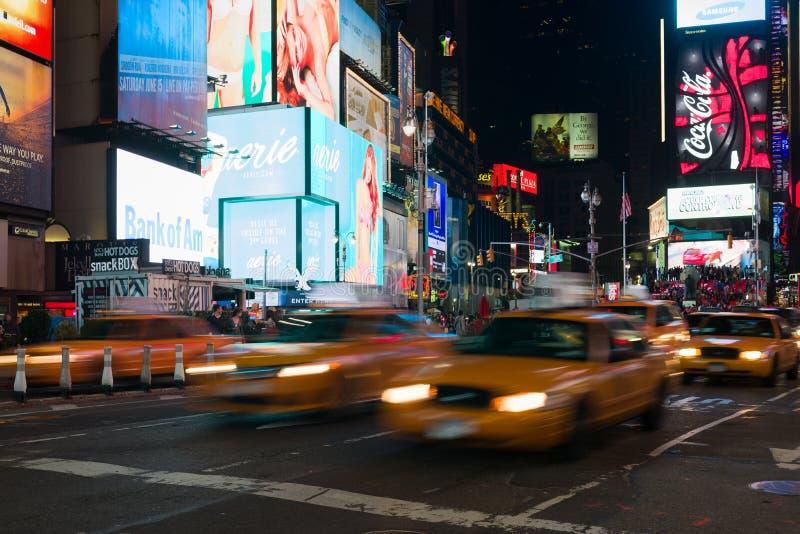 Желтые кабины в Таймс площадь стоковые изображения rf