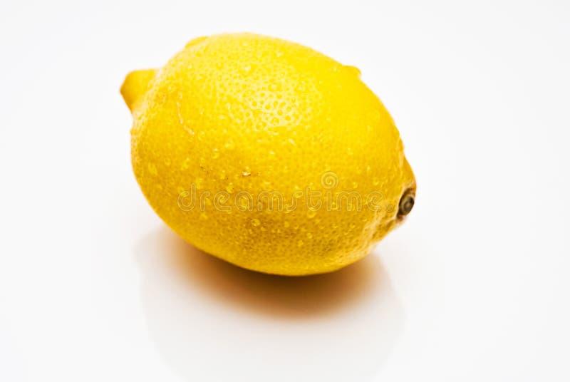 желтый цвет лимона предпосылки белый стоковое фото rf