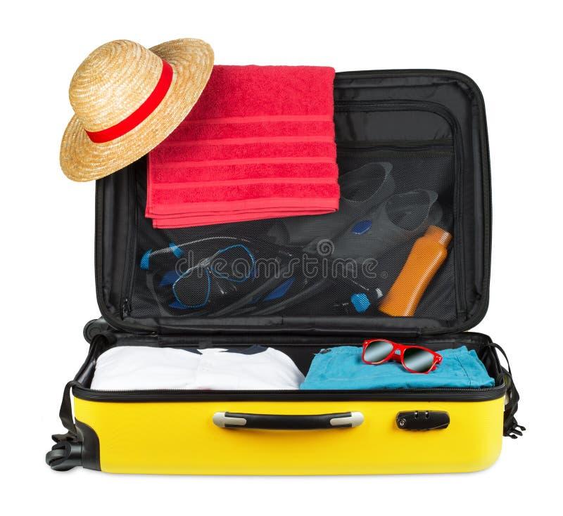 Желтый чемодан стоковое изображение rf