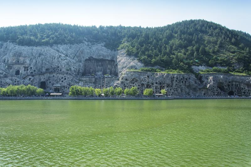 Живописная местность гротов Longmen и река Лоян Китай Yi стоковое фото