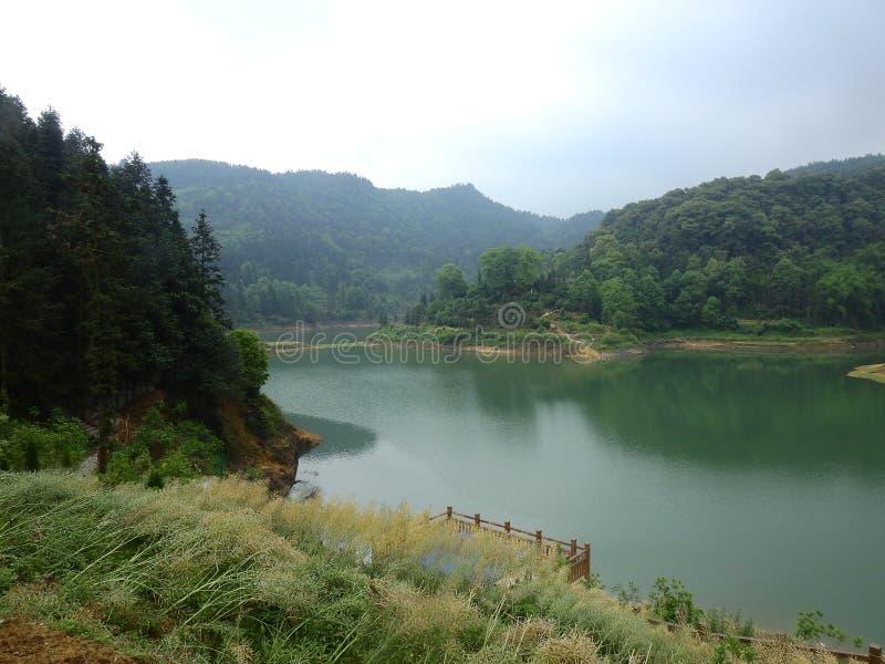 Живописное место Китая, Daolingou, озеро стоковое изображение rf