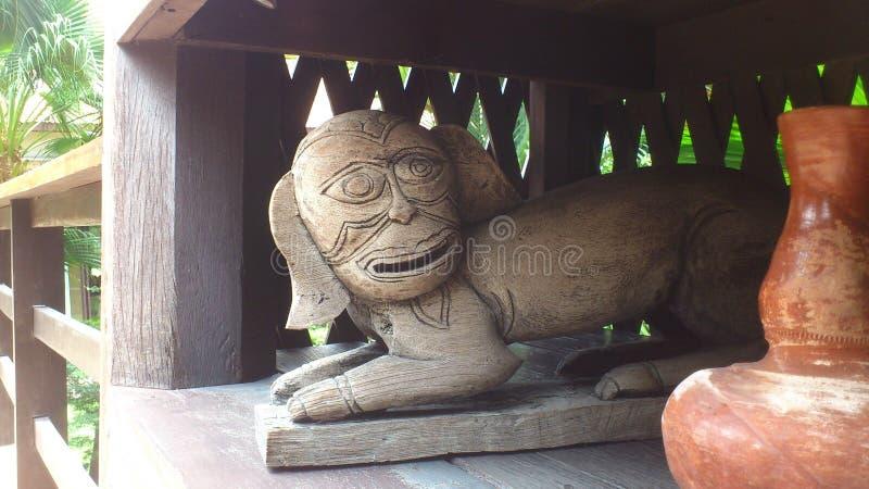 Животный высекать древесины стоковая фотография