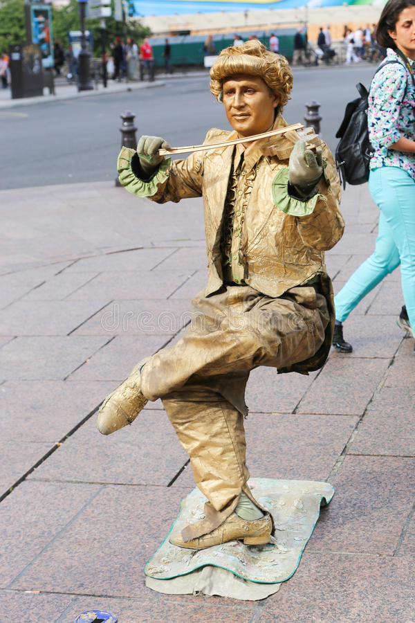 Живущая статуя - Париж стоковые изображения