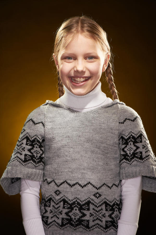 Download жизнерадостная девушка немногая Стоковое Фото - изображение насчитывающей дочь, девушка: 18380964