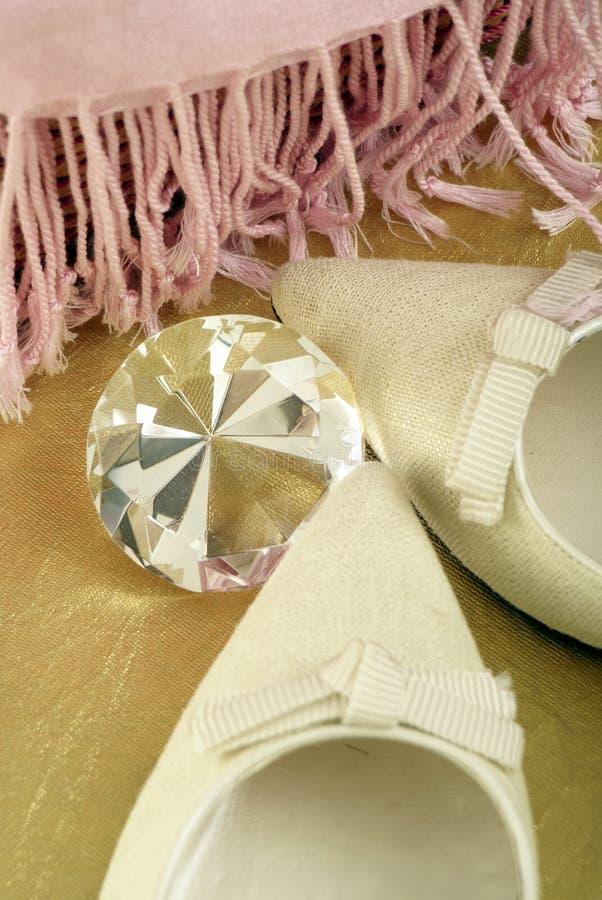 жизнь диаманта обувает все еще стоковая фотография