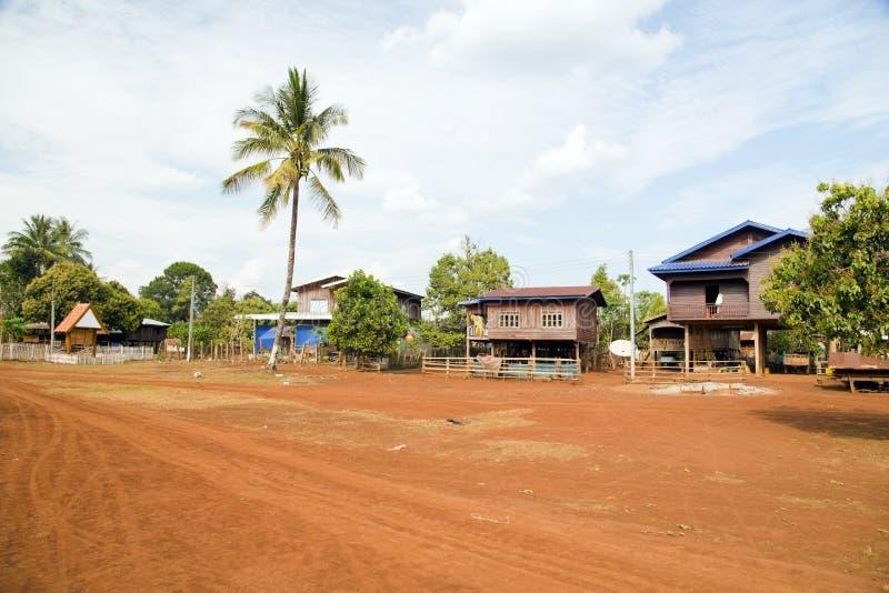 Жизнь деревни Lao вокруг кофе засадила плато Bolaven, Pakse, Лаос стоковое изображение rf
