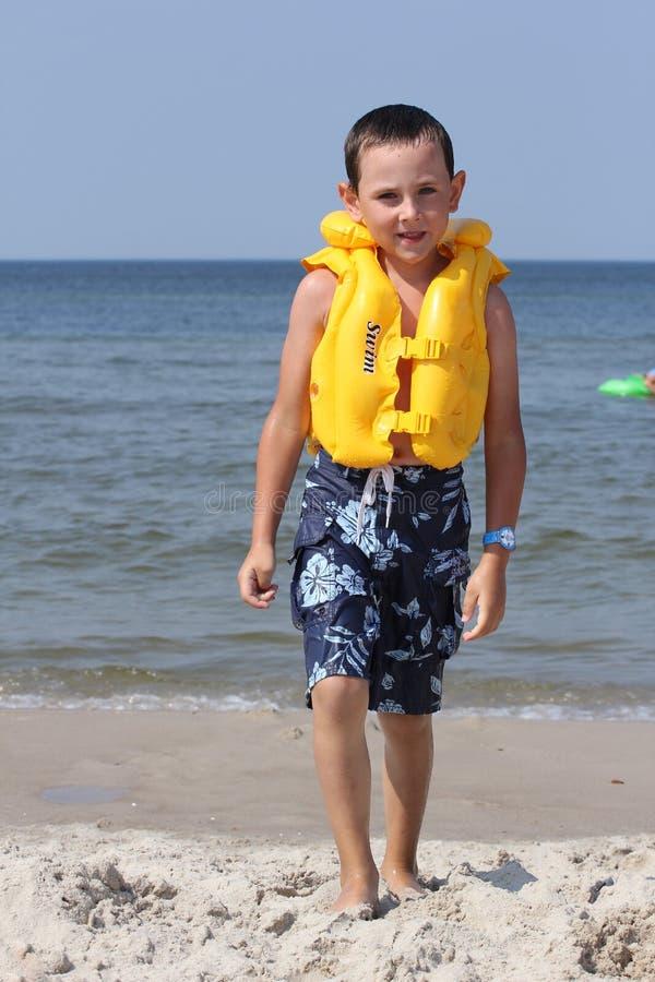 жизнь куртки ребенка стоковое изображение rf