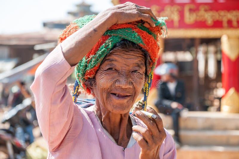 Жизнь Мьянмы стоковые фотографии rf