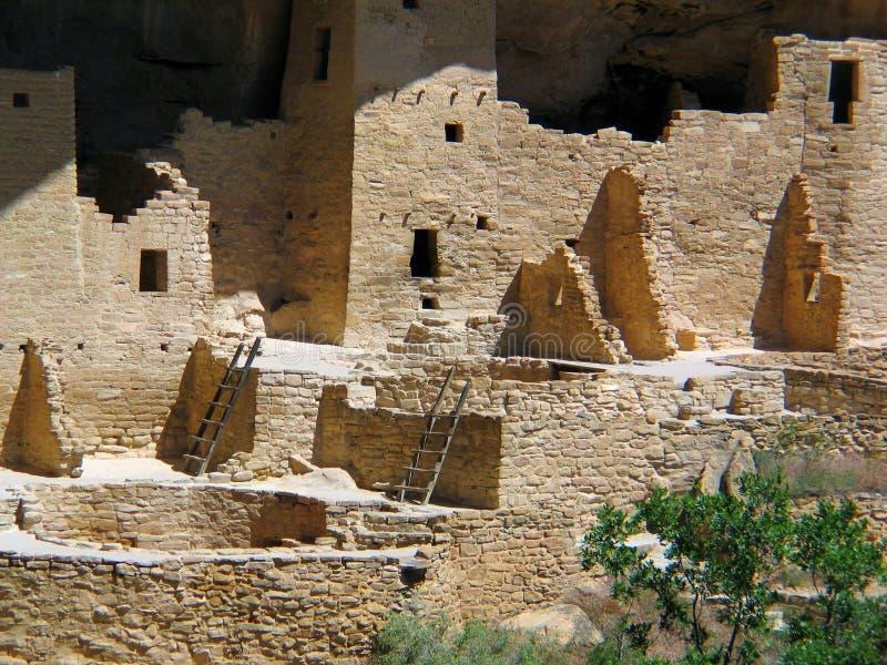 Жилища скалы ЮНЕСКО мезы Verde стоковые изображения rf