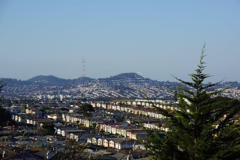Жилой район холмов Сан Bernhadino стоковая фотография rf