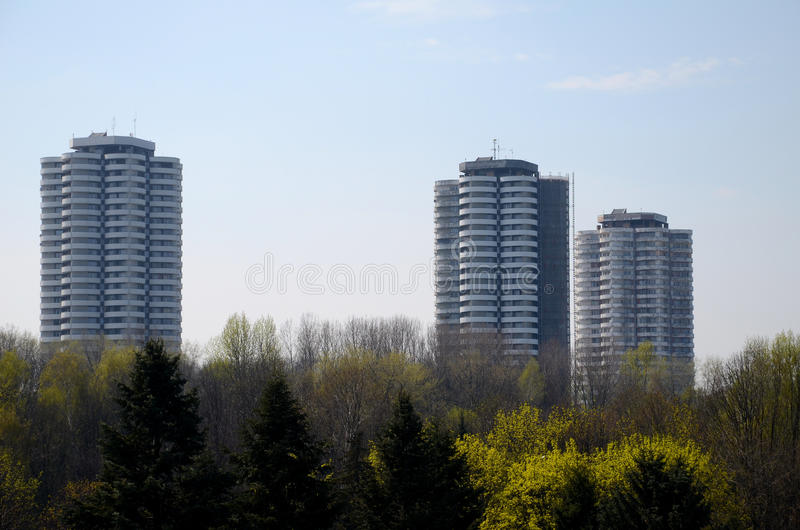 Жилые небоскребы в Катовице, Польша стоковые фотографии rf
