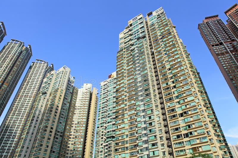 Download Жилые дома Гонконга стоковое фото. изображение насчитывающей тень - 33737860
