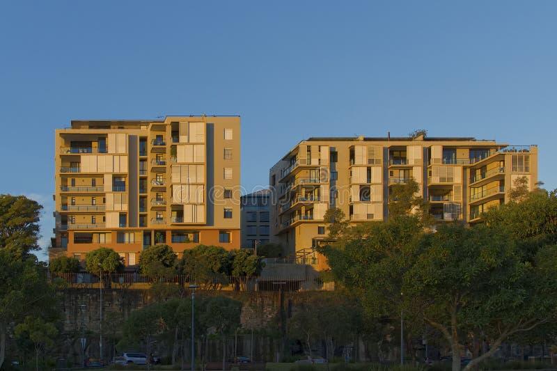Жилые дома на Pyrmont в Сиднее, Австралии Квартира b стоковое фото