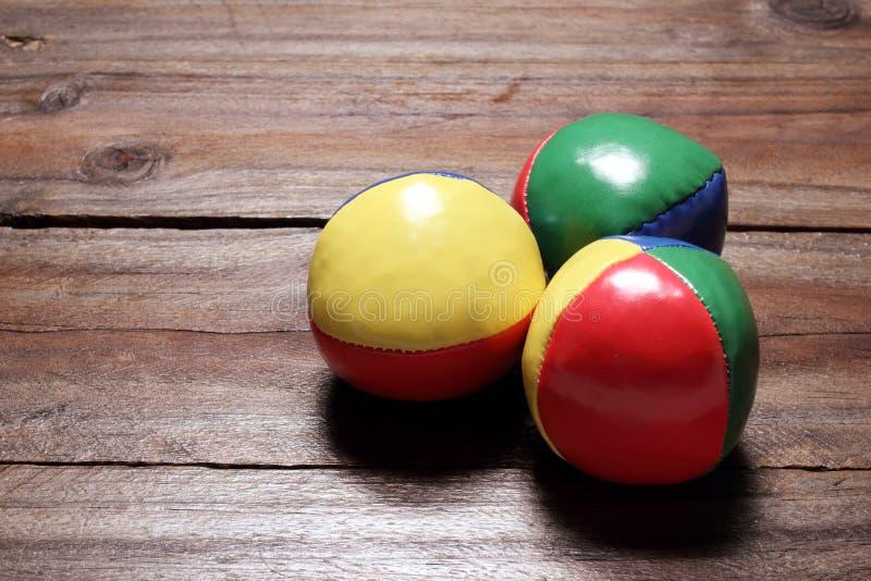 Жонглируя шарики стоковое фото rf