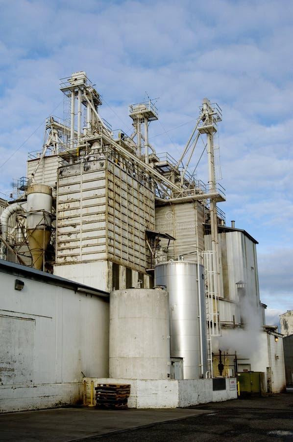 Download завод сельский стоковое фото. изображение насчитывающей сложно - 494344