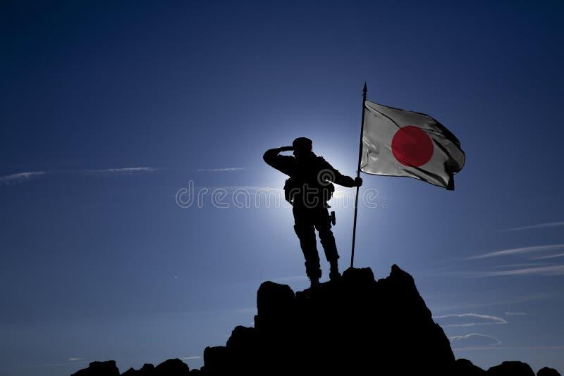 Завоеватель с флагом стоковая фотография rf