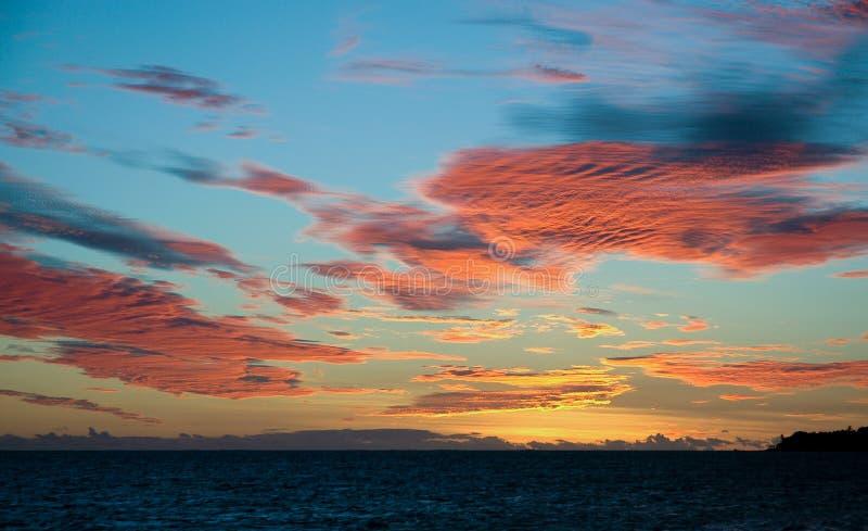заволакивает помеец Фиджи сверх стоковое фото