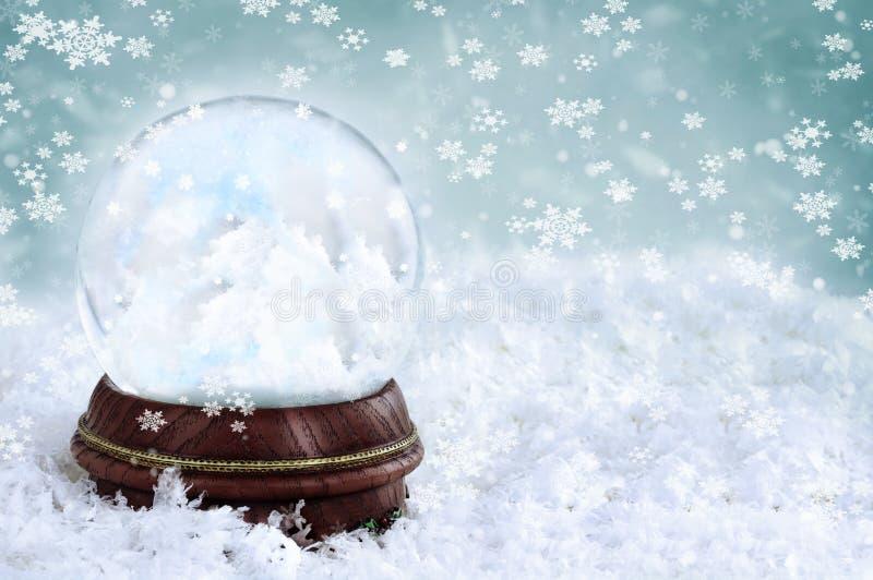 заволакивает снежок глобуса стоковая фотография rf