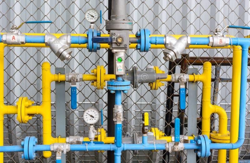 Завод по обработке нефти и газ стоковые изображения