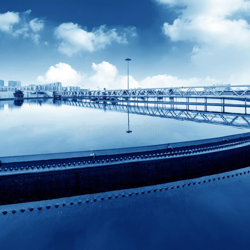 Download Завод по обработке нечистот Стоковое Изображение - изображение насчитывающей environmental, фильтрация: 37930393
