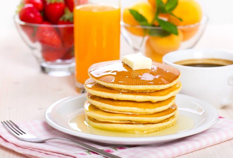 Завтрак блинчика стоковые изображения rf