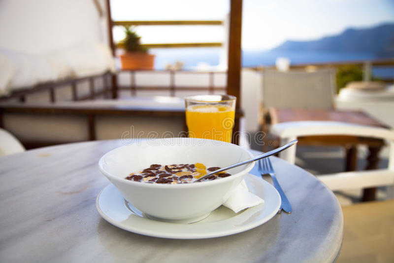 Завтрак на Santorini стоковое изображение rf