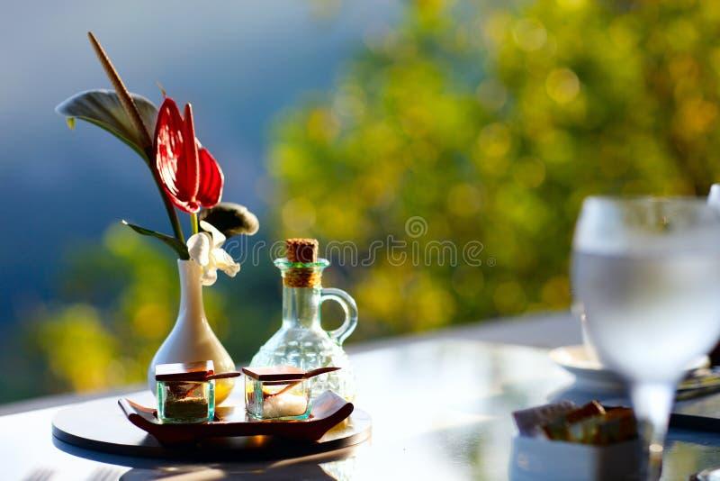 завтрак романтичный стоковое изображение