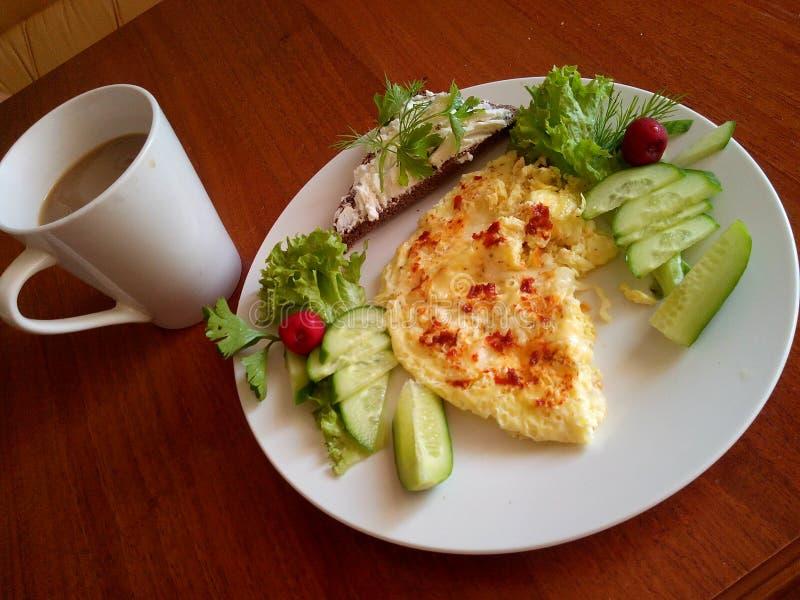 завтрак совершенный стоковое изображение rf