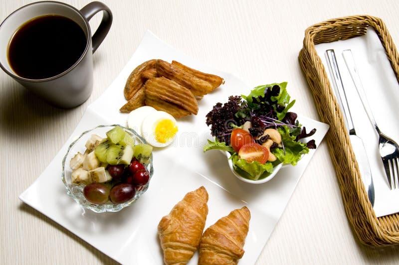 Download завтрак стоковое изображение. изображение насчитывающей соус - 17606559