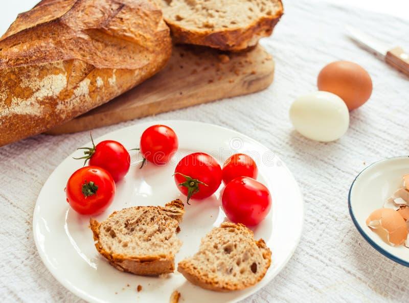Download Завтрак стоковое изображение. изображение насчитывающей завтраки - 37926461