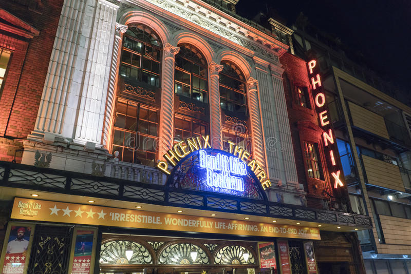 Загиб оно любит Бэкхем музыкальный на театре Феникса - Лондоне Англии Великобритании стоковое изображение rf