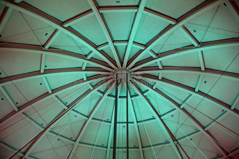 Загоренный купол мемориала баскетбола в Спрингфилде Массачусетсе стоковое фото rf