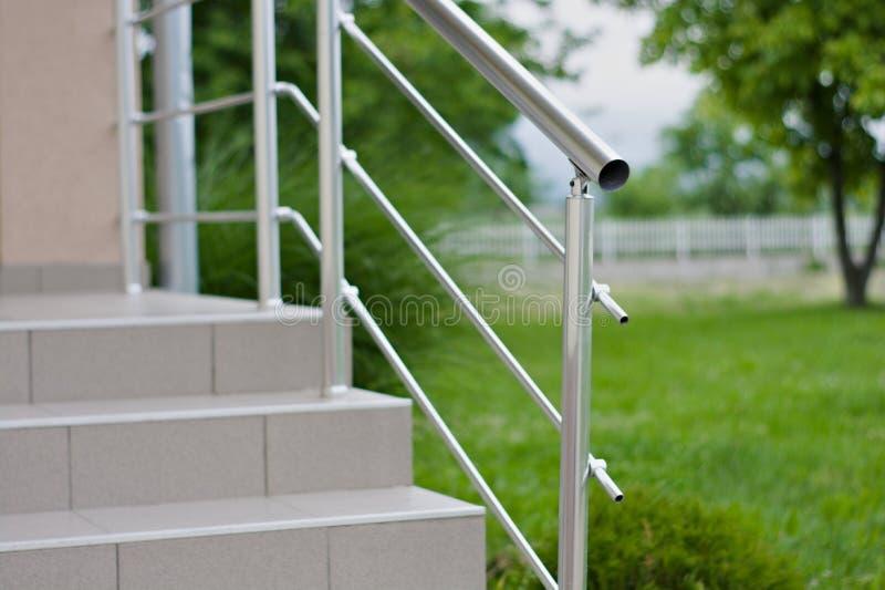 Загородка Inox стальная с лестницами стоковые фотографии rf