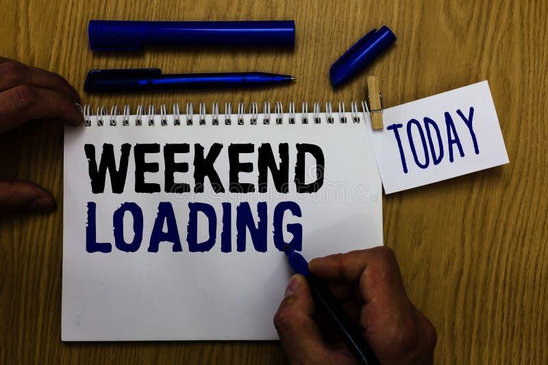 Загрузка выходных текста почерка Смысл концепции начиная партию пятницы ослабляет человека каникул счастливого времени отдыхая де стоковое фото