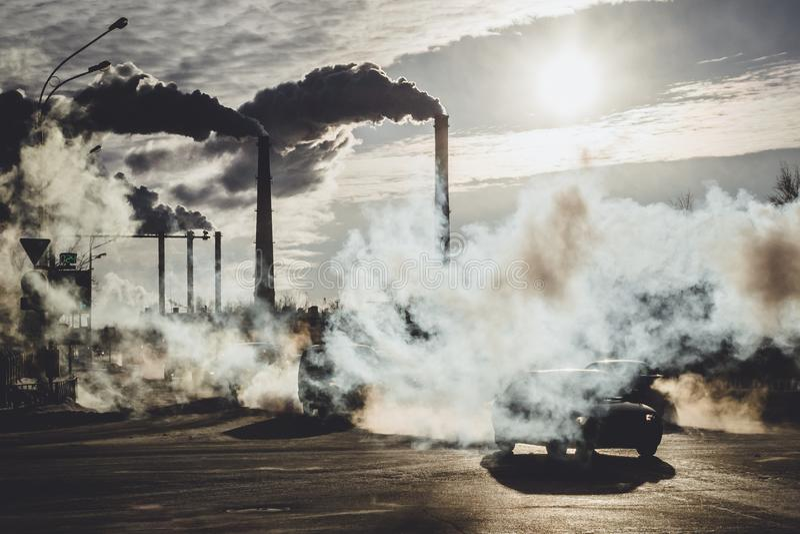 загрязнение окружающей среды в городе стоковое фото rf