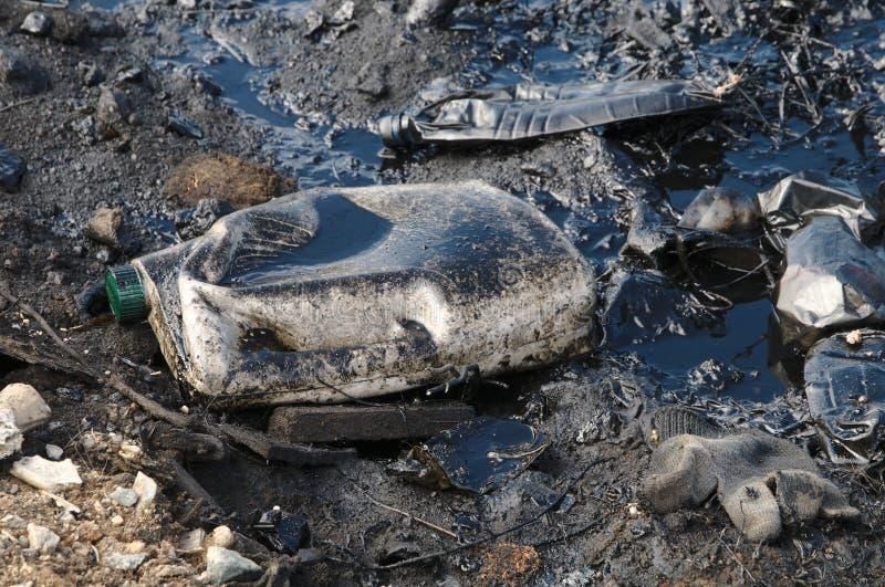 Загрязнение с нефтяными продуктами стоковое изображение rf