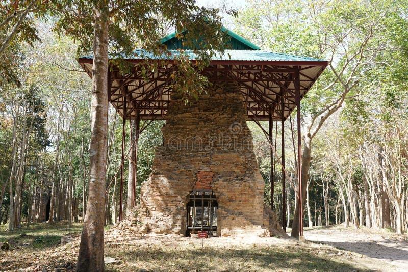 Загубленный висок на Prasat да Puon в Sambor Prei Kuk в Камбодже стоковое изображение