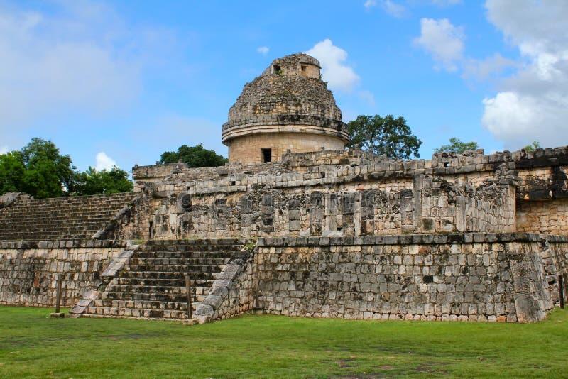 Стародедовская майяская обсерватория стоковая фотография