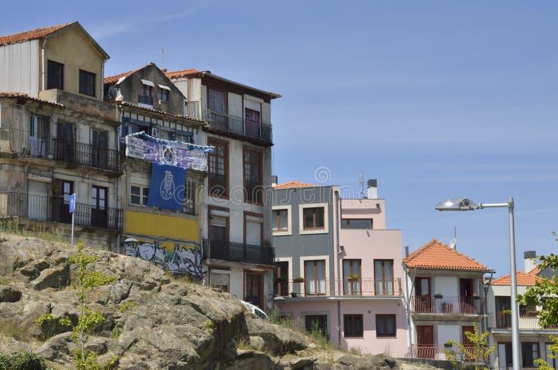Загубленные дома в Порту стоковые изображения