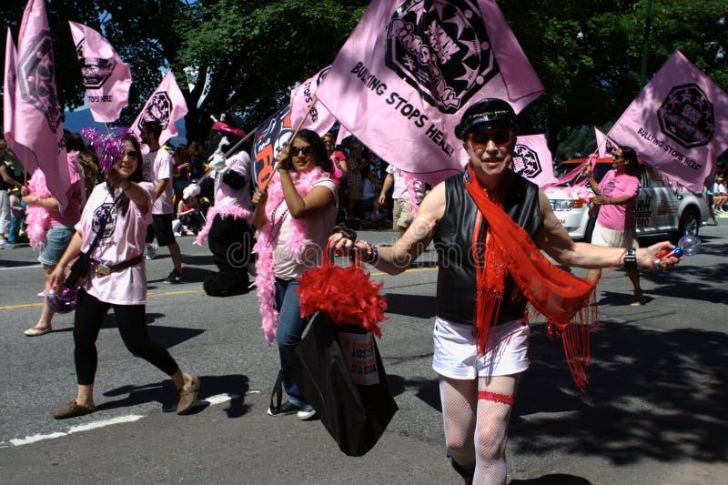 задирать здесь гордость парада останавливает vancouver стоковые изображения rf
