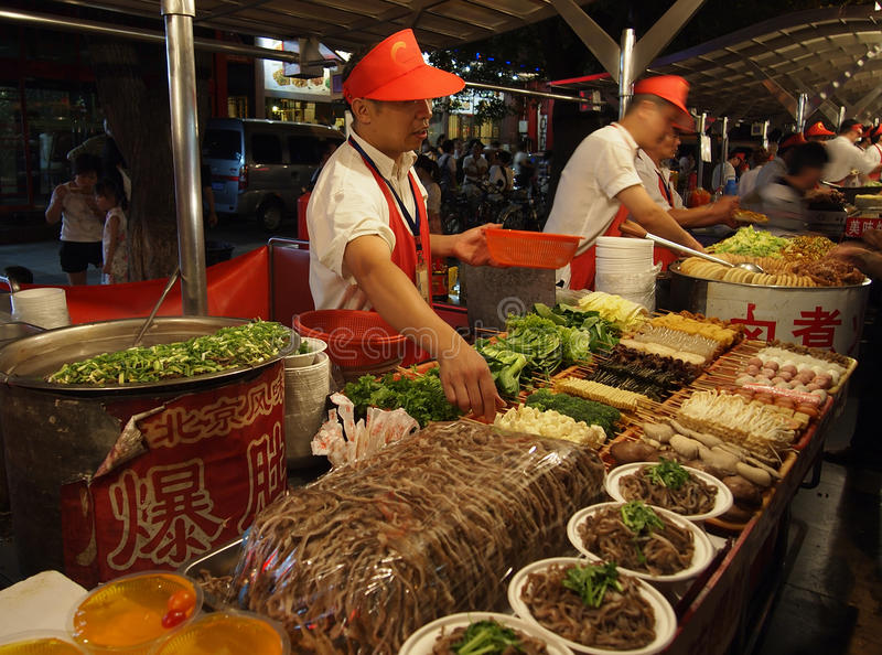 заедк ночи рынка фарфора Пекин стоковое фото