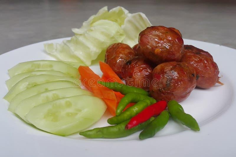 Зажаренное susage свинины тайского стиля пряное стоковое изображение