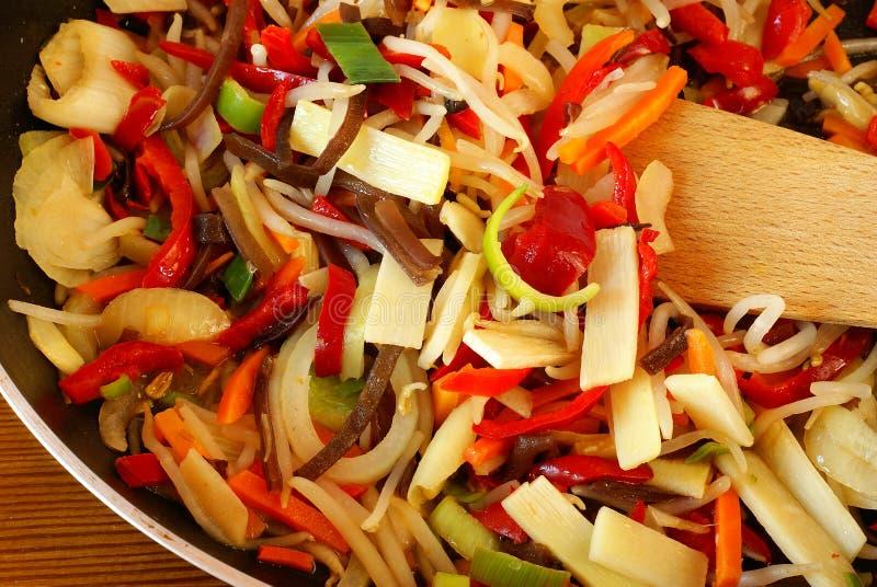 зажаренные овощи stir стоковые изображения