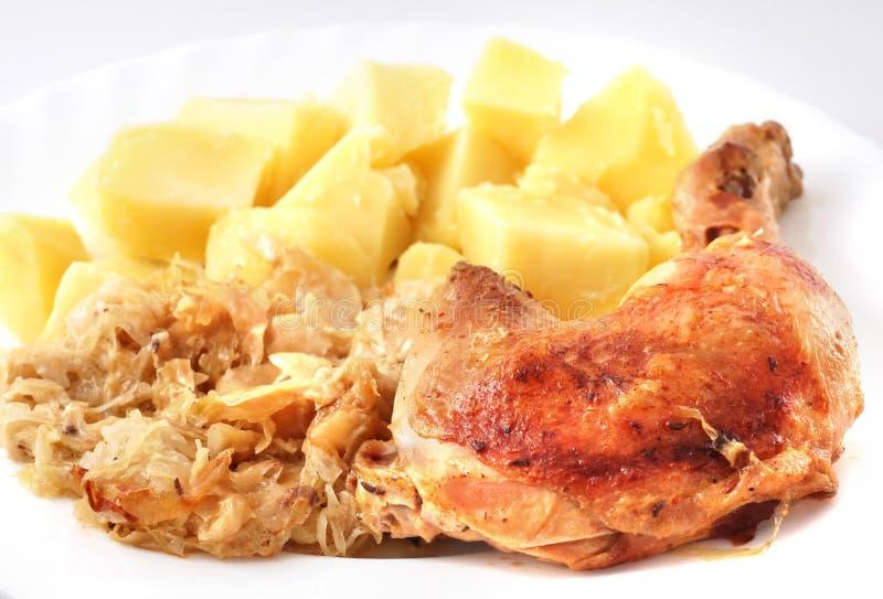 Зажаренный в духовке цыпленк цыпленок стоковые изображения rf