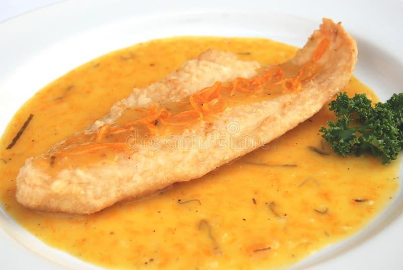 Зажаренный соус апельсина рыб стоковое изображение rf