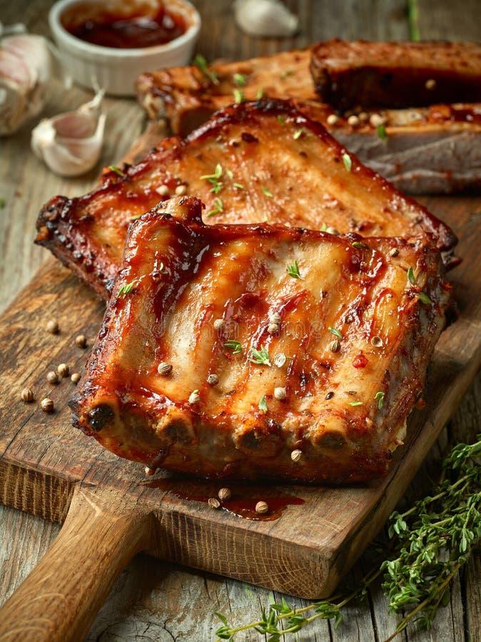 зажженные нервюры свинины стоковая фотография rf