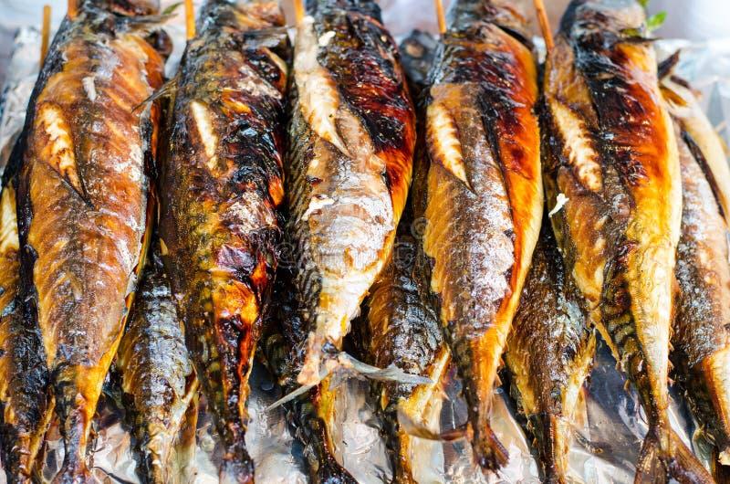 Зажженные рыбы saba стоковое изображение