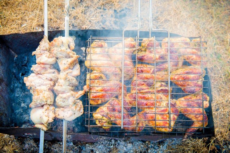 зажженный цыпленок стоковое фото rf