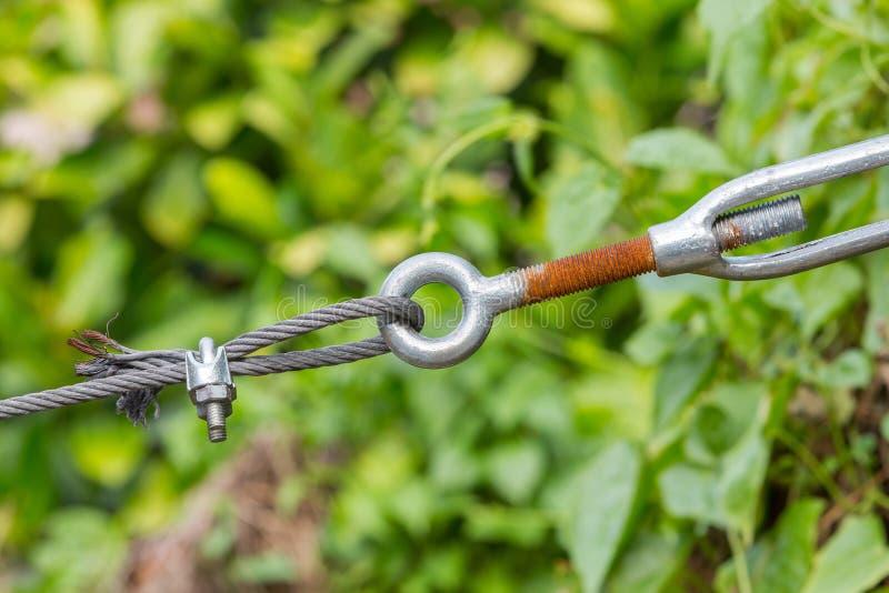 Зажим веревочки провода и тандер стоковые изображения rf